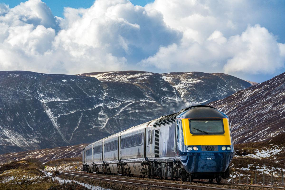 Scotrail HST train Drumochter Pass